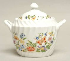 Aynsley, John Cottage Garden Sugar Bowl & Lid