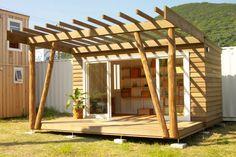 未来住まい方会議では、海外の様々なタイニーハウスを紹介してきました。DIYで自分で建てた家、モバイルハウスのよ ...