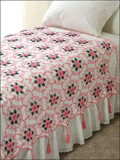 Crochet Bedspread Patterns Part 3 - Beautiful Crochet Patterns and Knitting Patterns Crochet Afghans, Crochet Bedspread Pattern, Crochet Squares, Crochet Granny, Crochet Blanket Patterns, Crochet Motif, Crochet Doilies, Crochet Flowers, Knitting Patterns