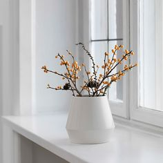 Rimm vase, short, white - Rimm - Vases - Decoration -  The most comprehensive selection of Finnish and Scandinavian design online. All in-stock items ships within 24 hours!