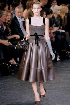 Louis Vuitton Fall 2010 Ready-to-Wear Fashion Show - Renata Sozzi (NATHALIE)