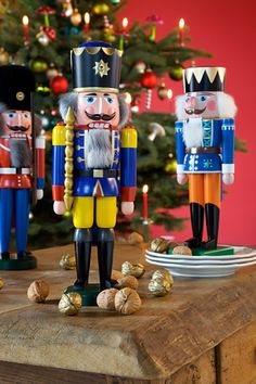 Auch der Nussknacker darf an Weihnachten als wundervolle Dekoration nicht fehlen