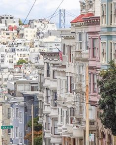 Russian Hill San Francisco by @the415guy by photoblog.sanfranciscofeelings.com sanfrancisco sf bayarea alwayssf goldengatebridge goldengate alcatraz california
