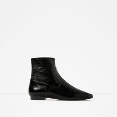 ZARA - WOMAN - FLAT LEATHER ANKLE BOOTS