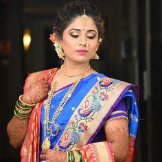 Engagement Marathi Wedding Makeup by Anvita Walke weddings portraits photography patti teeka Saree Hairstyles, Indian Bridal Hairstyles, Bride Hairstyles, Marathi Bride, Marathi Wedding, Marathi Saree, Hindu Bride, Wedding Bride, Wedding Dresses