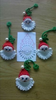 Image detail for -Santa Crochet Doily Centrinho Papai Noel 4 pinkrosecrochet. Crochet Christmas Decorations, Christmas Crochet Patterns, Crochet Ornaments, Holiday Crochet, Crochet Snowflakes, Crochet Crafts, Crochet Projects, Christmas Applique, Diy Projects