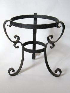 Vintage 1960s Black Wrought Iron Metal Scroll Planter Vase Globe Stand Holder..Gothic Medieval French Paris Chic Steampunk