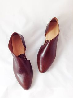 The Sandy AMB~ Handmade to Order~ Antique Mahogany Buffalo Leather flats with low heel~ Womens Leather Shoes ~ petite and large sizes