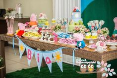 Peppa Pig themed birthday party with Lots of Really Cute Ideas via Kara's Party Ideas KarasPartyIdeas.com #peppapig #peppapigparty #partyideas #partydecor #peppapigcake (12)