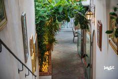 Ristorante Max - art gallery - wine bar in center of Positano