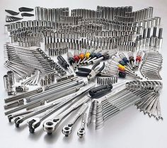 Craftsman 413 Pc. Mechanics Tool Set Includes: Sockets, Combination Wrenches, Ratchets, Breaker Bars, Pliers, Hex Keys, Extension Bars and Specialty Tools (Complete List Below)