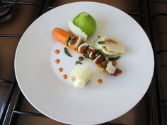 Figue   carotte   farci ''(   de amandies  , tomato , capres ,   menthe )''   et  grana padain  Gino D'Aquino  -  -______