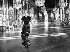 Mode : Dior s'invite dans les couloirs du château de Versailles !