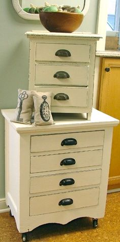 I like the old pull handles on the drawers for when I redo the kitchen. Tattered Tiques in Lake Barrington, IL