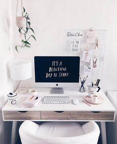 Elegant Home office decor / workspace / workstation / bloggers desk