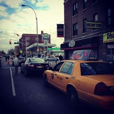 Line for gas at 31st and 4th Ave Brooklyn now 22 blocks long. #tellNYT