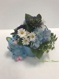 Adorable Blue Cat Vase with Blue and White Hydrangea, Carnation and Daisy Silk Flowers Blue Cats, Carnations, Silk Flowers, Hydrangea, Floral Arrangements, Planter Pots, Daisy, Blue And White, Unique Jewelry