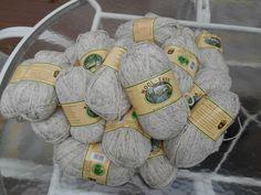 "Lion Brand Wool Ease Solid & Heather ""Wheat"" Natural Aran 4137 yards sld BO less new Lion Brand Wool Ease, Wool Yarn, Yards, Holiday Decor, Natural, Crafts, Ebay, Manualidades, Yard"