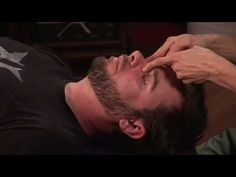 ▶ Massage Techniques : How to Give a Face Massage to Relieve Sinus Congestion - YouTube