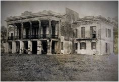 Indian Camp Plantation Louisiana by Old Southern Homes, Southern Plantation Homes, Southern Mansions, Plantation Houses, Southern Charm, Old Buildings, Abandoned Buildings, Abandoned Places, Abandoned Castles