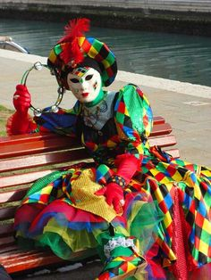 Venetian Carnival masquerade costume and mask - Italy Venetian Carnival Masks, Carnival Of Venice, Venetian Masquerade, Masquerade Fancy Dress, Masquerade Costumes, Masquerade Ball, Beautiful Mask, Beautiful Artwork, Jester Costume