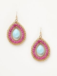 These might not keep me awake but they are very intricate and pretty. I like the color combo of the gold/pink/blue. I'm not real sure how i feel about that chain along the outside though (and those earwires are cheap looking). But other than that (!) I like them.