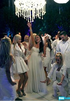 white party...doing this for my daughters sweet 16 this summer :)