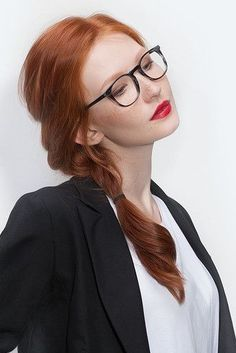 Model with Glasses - In your #modeling photos, remember to use some props (like glasses) to show different looks.