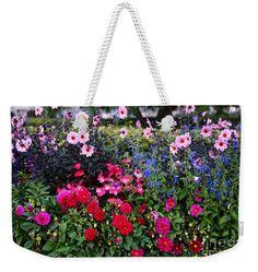 #weekenderbags #weekenderbag #prettybags #gifts #giftsforher #carolgroenen #carolgroenengifts @pixels #gardens #floralbags