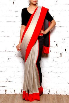 Notice how the pearl finishing paired with red automatically becomes appealing and irresistible when worn along with a elegant plain black blouse. Indian Attire, Indian Ethnic Wear, Indian Outfits, Ethnic Fashion, Asian Fashion, Beautiful Saree, Beautiful Outfits, Indische Sarees, Anarkali