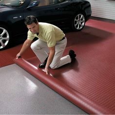 Often times, you think of your garage as a dark, dingy work area. Choosing the best garage floor will help to brighten up your work or storage space leaving you with garage that you will enjoy working in. Garage Gym, Garage Shop, Garage Doors, Small Garage, Garage Walls, Garage Party, Garage Laundry, Garage Bedroom, Mechanic Garage