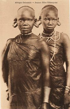 Vintage Postcard of two Gikuyu girls African Life, African Culture, African History, African Women, African Art, Native American Images, Native American Indians, African Image, Traditional Skirts
