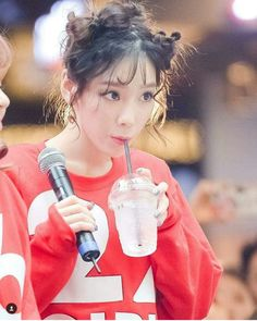 ❤ SNSD ❤ Kim TaeYeon ♡ 김태연 ♡ : @ Fanmeeting Holiday To Remember 10 Th Anniversary