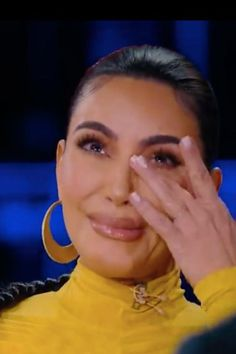 Kim Kardashian cries sharing untold story about terrifying Paris heist Kim Kardashian Cry, Kardashian Family, What's The Number, That One Friend, Criminal Justice, Donald Trump, Crying, Going Out, Paris