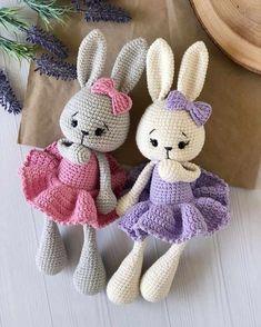 Crochet Rabbit Free Pattern, Easter Crochet Patterns, Crochet Bunny Pattern, Crochet Amigurumi Free Patterns, Crochet Bear, Crochet Crafts, Crochet Projects, Crochet Tutorial, Christmas Elf