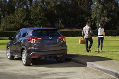 What's more fun, a picnic or the drive there? With the Honda HR-V Crossover, it's hard to decide.