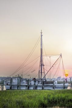 ✯ Shrimp Boat Sunset
