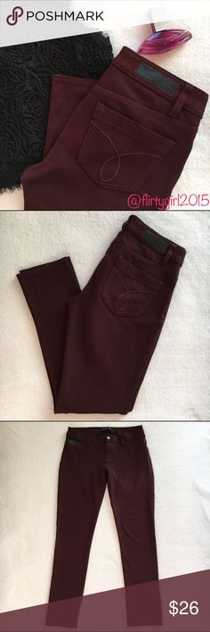 """Calvin Klein Pants Super comfortable!! Super stretchy skinny pants from Calvin Klein. EUC!!! Size 4, 27"""" inseam. I really do like these but I'm not in love with them only because my legs are too skinny... 😒 they're gorgeous tho! Burgundy color. Perfect winter color! Pair with boots, booties, heels! Hey even a cute pair of sandals if your weather is 🌞 Calvin Klein Pants Leggings"""