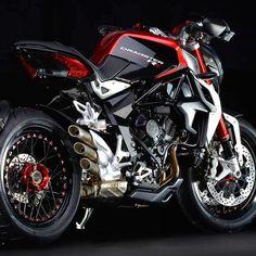 MV Agusta Dragster blinged-out! Indian Motorcycles, Triumph Motorcycles, Cool Motorcycles, Bobber Motorcycle, Moto Bike, Motorcycle Exhaust, Street Bikes, Diavel Ducati, Mv Agusta Dragster