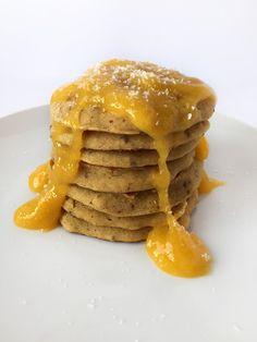 Mango and Coconut Pancakes // Pancakes al mango e cocco