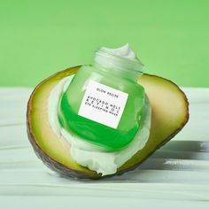 Shop Glow Recipe's Avocado Melt Retinol Eye Sleeping Mask at Sephora. A potent yet gentle eye sleeping mask formulated with avocado, encapsulated retinol, niacinamide, and coffeeberry. Sephora, Oily Skin Care, Skin Care Tips, Beauty Hacks For Teens, Coffee Plant, Uneven Skin, Nutrition, Best Anti Aging, Sleep Mask
