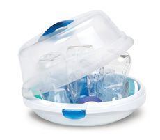 Munchkin Steam Guard Microwave Steriliser from Ababy Sterilise baby bottles, pacifiers, teethers and more with the Steam Guard microwave sterilizer from Munchkin. Designed with safety in mind, it has tabs that lock upward to prevent accidental opening. Both the handle and included tongs are made from heat-resistant material. Lightweight and compact, this easy-to-use sterilizer fits up to four bottles and two breast pump shields.