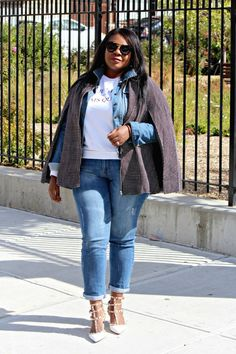 7 Easy Ways To Style Plus Size Boyfriend Jeans This Winter - Fashion To Figure | No need to pilfer from your boyfriend's closet. Cinch the borrowed-from-the-boys look in distressed jeans that flaunt a hint of tomboy insouciance. Zip fly with button closure, five-pocket silhouette, distressed.