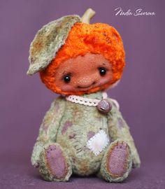 Bertha the Pumpkin by By Nadia Suvorova | Bear Pile