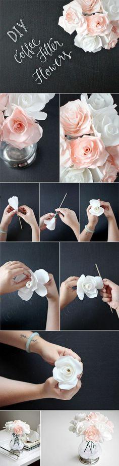 papierblumen basteln, weiße rosen, glasvase, tischdeko, papierrosen