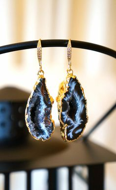 Glimmering Starry Night Geode Druzy Earring Black  by VintagePinch, $67.99 #etsy #musthave #want #mystyle #fashionblogger #bling #bridal #druzy #earrings #geode #stoneearrings #loveit #repost