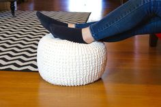 Learn how to knit your own floor pouf (for knitting beginners!)