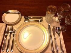 "This is a 5-course INFORMAL setting. The number of courses don't distinguish between ""formal"" and ""informal."" Some distinguishing details of the FORMAL dinner are: 1) A man will wear evening attire (tuxedo) to a formal dinner.  2) Glasses of demitasse, brandy and liqueurs accompany the food. 3) Seating arrangement protocols are observed. Good manners are always the right thing to bring to a dining experience--from the least informal to the most formal."