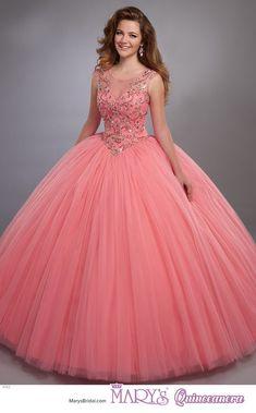 b6ea69cf36 188 mejores imágenes de Tendencias de vestidos para quince años en ...