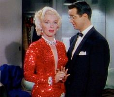 Marilyn Monroe in Gentlemen Prefer Blondes: Get This Look with Natural Beauty Products - EcoSalon | Conscious Culture and Fashion